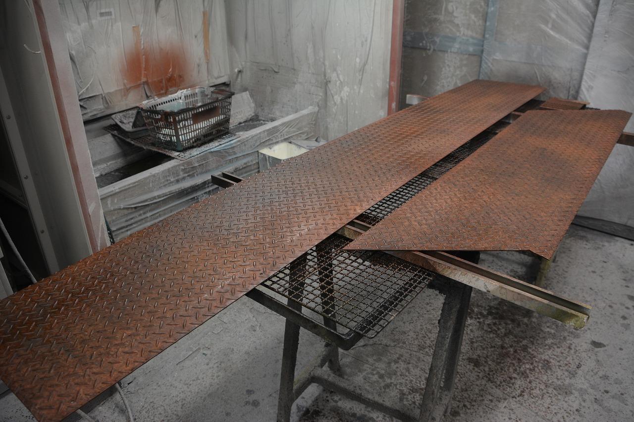 縞鋼板 錆塗装